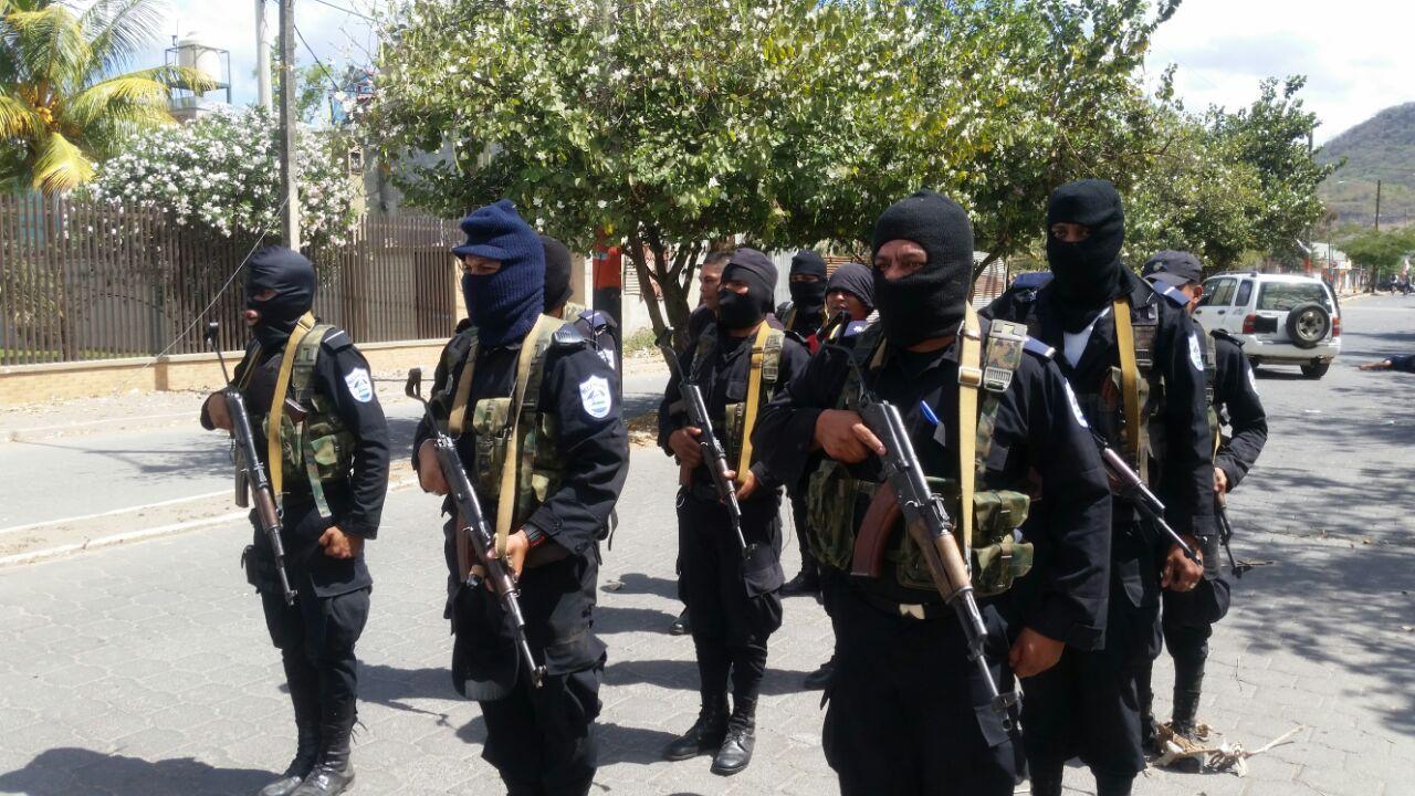 fuerzapolicialEsteli